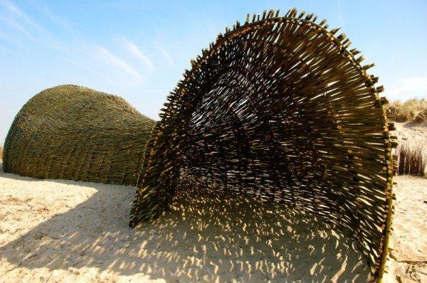 Sandworm: Nachhaltige Kunst von Marco Casagrande.