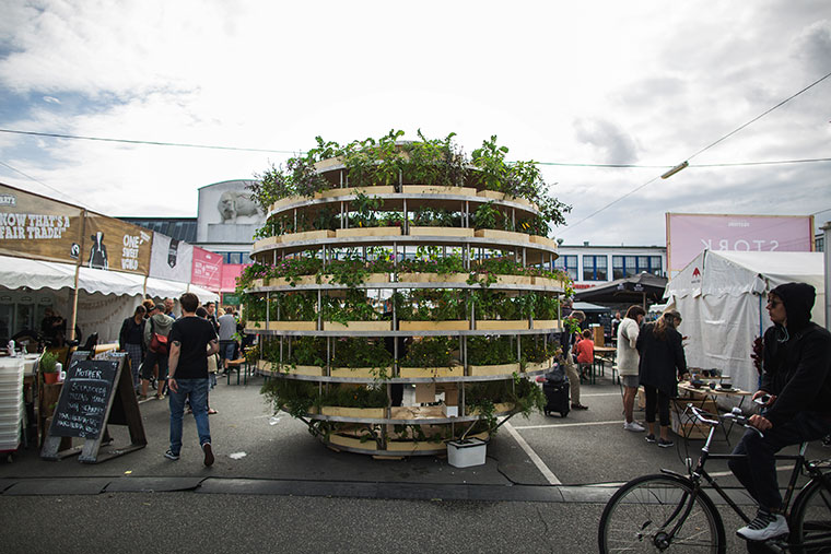 Urban Backyard Golden : Urban Farming Stadt Gem?se und nachhaltige gr?ne Architektur