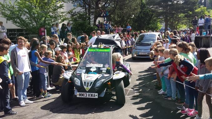 Rallye e car wave