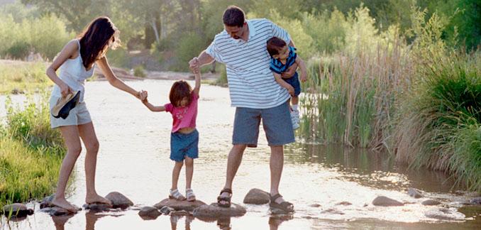 Urlaub am See ist ein Spaß für groß und klein © Polka Dot Images (thinkstock)