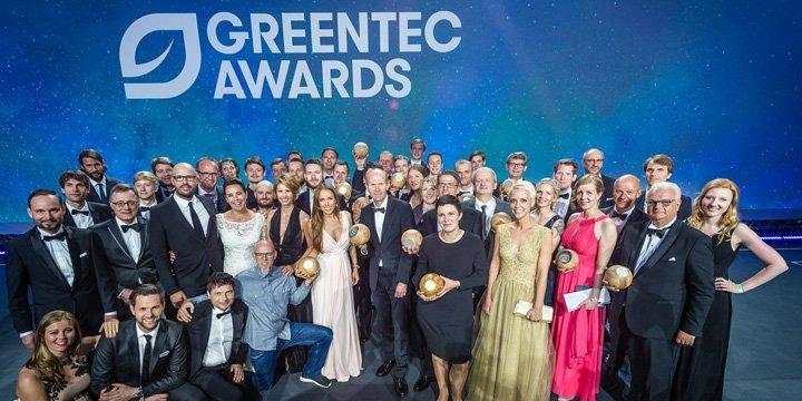 Nachhaltige Technologien auf dem grünen Teppich