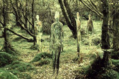 Spuren vergessener Zivilisation, künstlerisch in Szene gesetzt