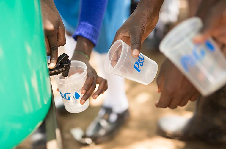 Zugang zu sauberem Trinkwasser sichern
