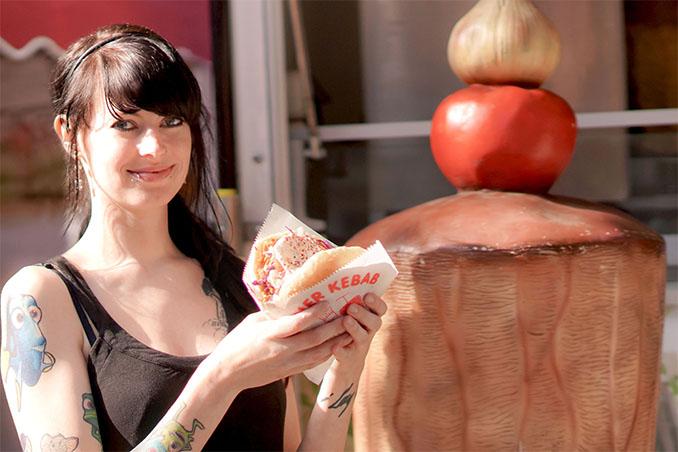 Veganer Döner ist Kult beim VSD Foto: Claudia Dienel