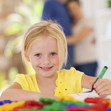 Bunte Stifte für eine bessere Welt