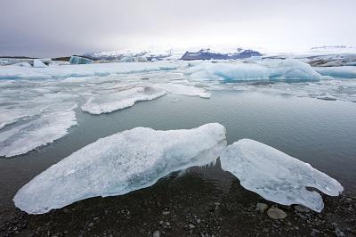 Gletscher schmelzen, der Meeresspiegel steigt ©iStock