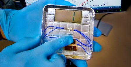 Umweltfreundliche Energie: Handy oder Smartphone mit Bakterien aufladen
