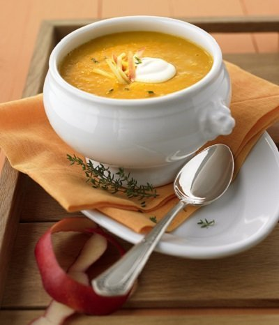 Schnell gekocht: Apfel-Curry-Suppe