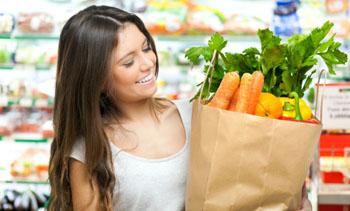 Basische Ernährung mit viel Obst und Gemüse