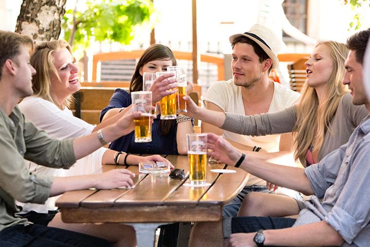 Gemeinsam nachhaltiges Bier trinken