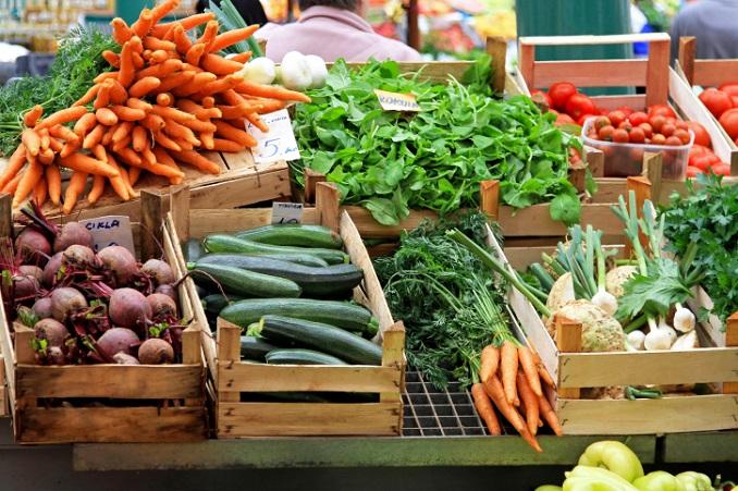 Leckeres regionales Bio-Gemüse auf dem Markt. © Baloncici/iStock/Thinkstock