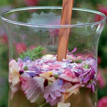 Blütenlimonade: Herrlich-erfrischend und ein Sommer-Highlight