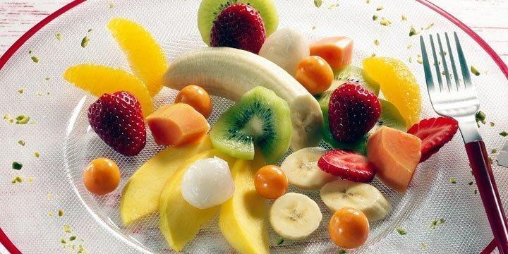 So einfach geht vegan – mit diesem exotischen Obstsalat
