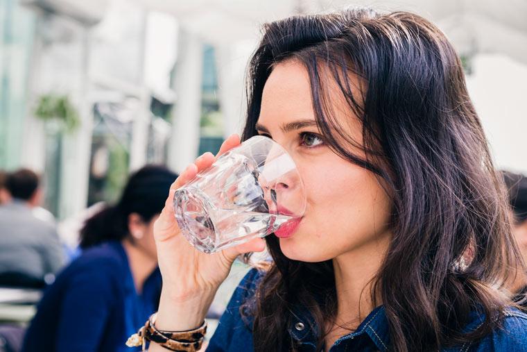 Mehr trinken und weniger essen