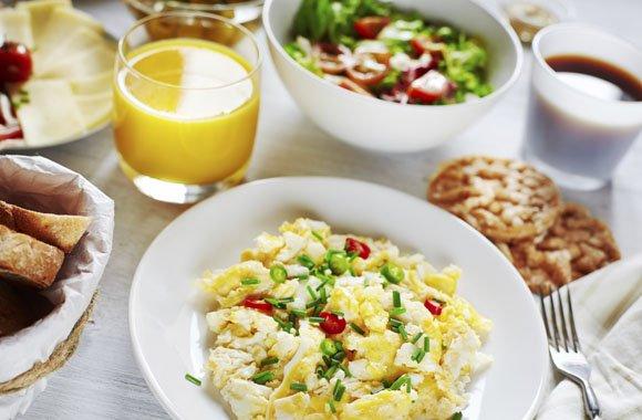 Umweltschutz schon am Morgen: Frühstücksprodukte im großen CO2-Vergleich