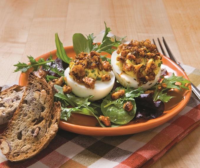 Gefüllte Eier Ostermenü