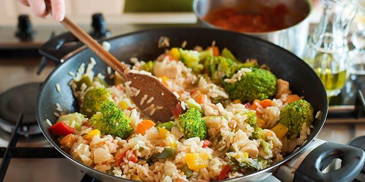 Basische Küche: Rezept für Gemüse Risotto mit Brokkoli & Zucchini