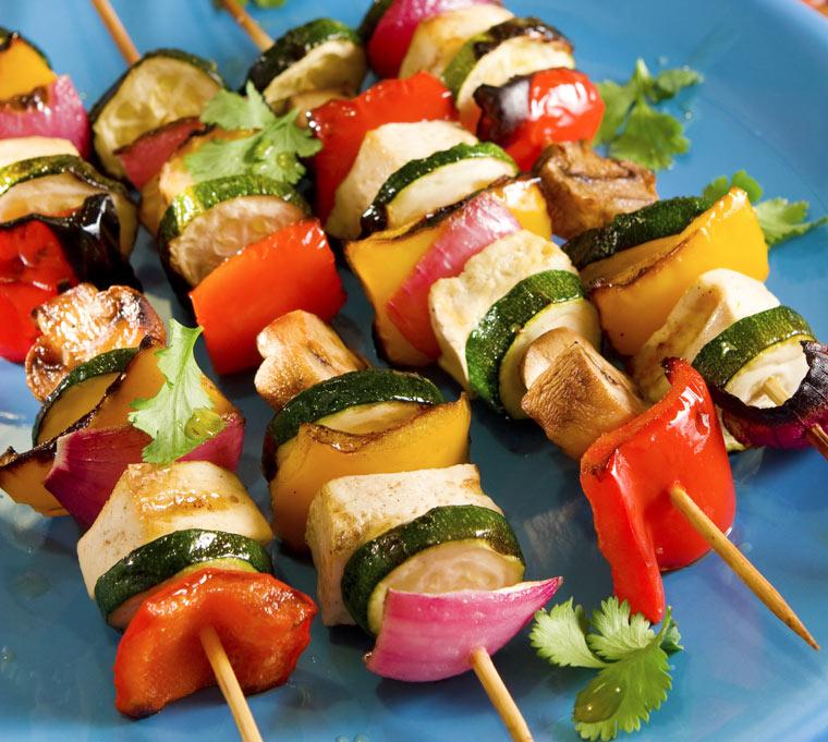 Die vegetarische Variante: Zucchini-Spieße