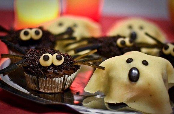 Vegane Halloween-Schokomuffins mit Gruselfaktor