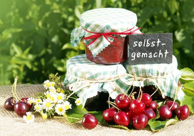 Leckere Kirschmarmelade ohne Gelierzucker selbst machen © Johanna Mühlbauer - Fotolia.com