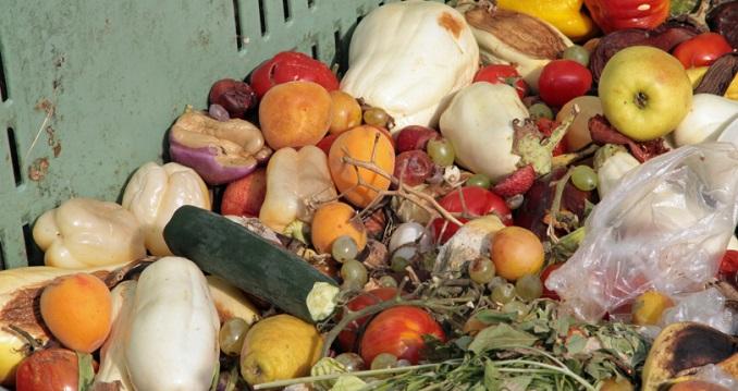 Weggeworfenes Essen ist ein Resultat unserer Überflussgesellschaft. ©federicofoto/iStock/Thinkstock