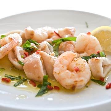Blitzrezept: Meeresfrüchtesalat mit Ingwer & Chili