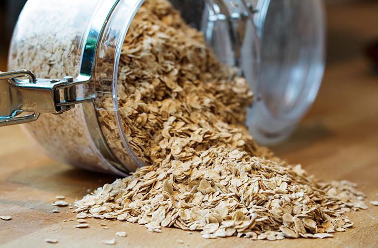 Haferflocken bilden die Basis von Hafermilch