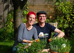 Uschi Herzer und Joachim Hiller sind Autoren des Buchs Kochen ohne Knochen