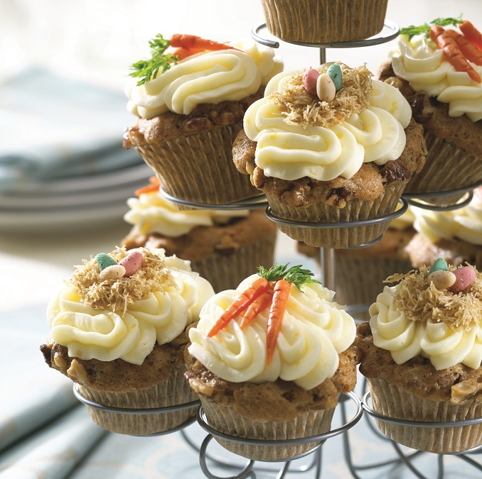 ostern rezept cupcakes rezepte muffin mit karotte walnuss ostereier. Black Bedroom Furniture Sets. Home Design Ideas