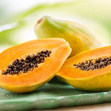 Superfrucht Papaya: In den Kernen steckt die Power