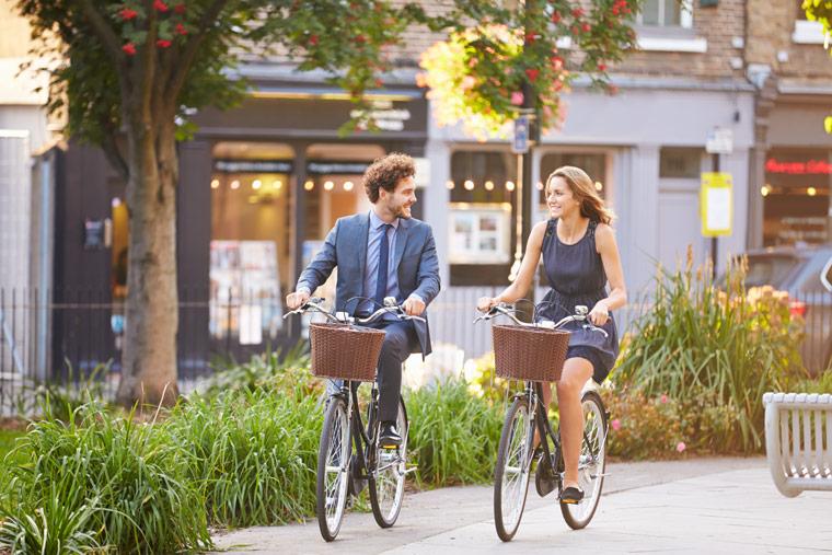 integrieren Sie die Bewegung in Ihren Alltag: mit dem Fahrrad zur Arbeit fahren