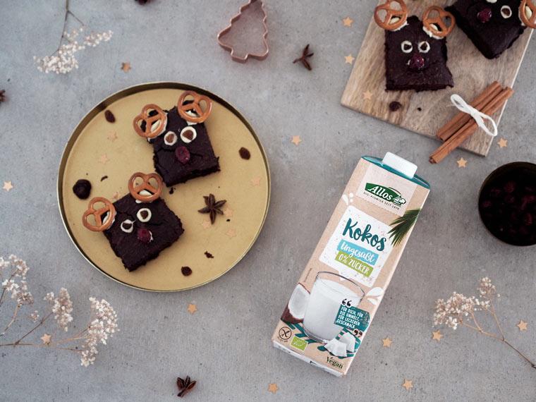 Rentier-Brownies mit Kokos-Drink