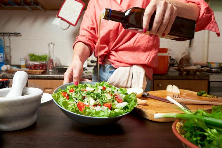 Salat mit Rapsöl