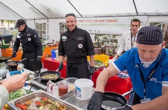 FoodFighter Michael Schieferstein zu Gast bei Stern TV: Kochen gegen Lebensmittelverschwendung
