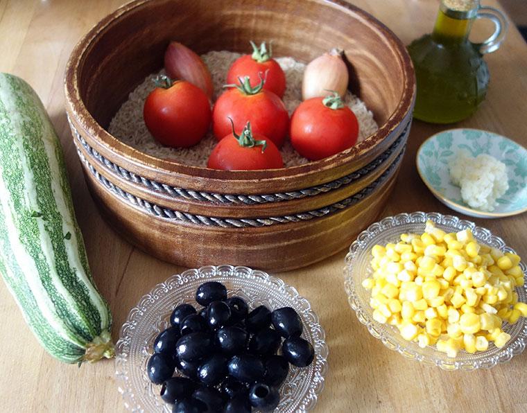 Zutaten für die leckere, mediterrane Reispfanne.