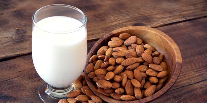 5 Rezepte für vegane Milch in weniger als 1 Minute