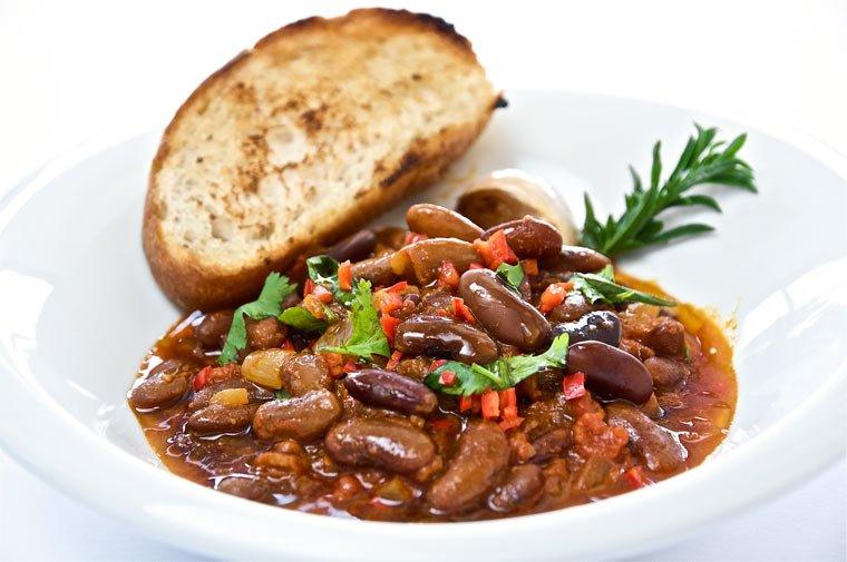 Veganes Curry Rezept: Gewürzt mit Chili, Kreuzkümmel und Zimt