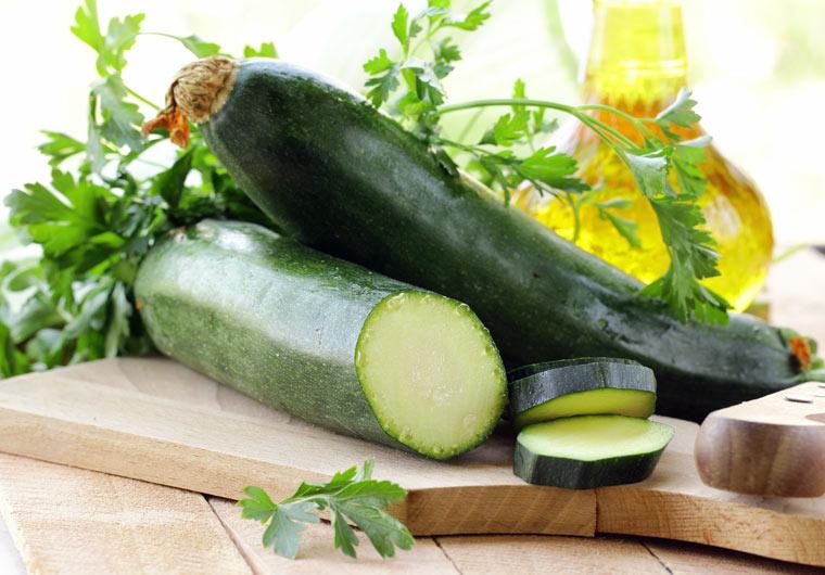 Die leckersten Zucchini Rezepte für das ganze Jahr