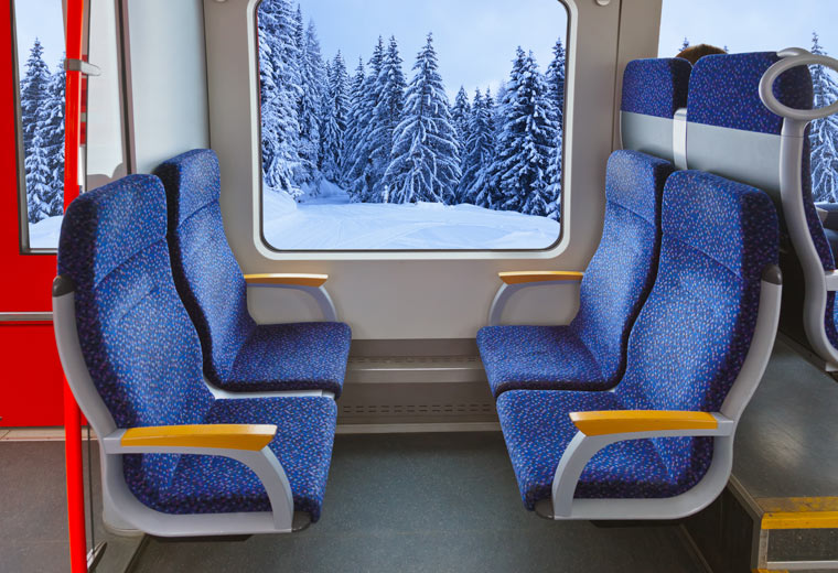 Zugfahrt im Winter