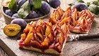 Jetzt süßes Rezept genießen: Bayerischer Pflaumendatschi für den Sommer