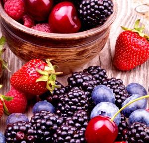 Beeren und Kirschen - ein Genuss © boule13/istock/Thinkstock
