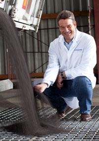 Es begann mit einem Forschungsprojekt ? Dr. Michael Raß gelang es ein neuartiges Verfahren zur Herstellung von Rapsöl zu entwickeln.
