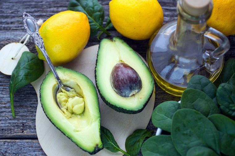 Am besten können wir die hochwertigen Fette der Avocado aufnehmen, wenn wir sie ganz einfach essen