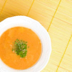 Leckere Kohlsuppe zum Abnehmen und Entschlacken selber machen - unser Rezept