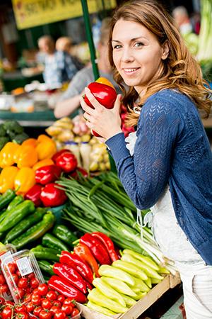Frisches Gemüse auf dem Wochenmarkt