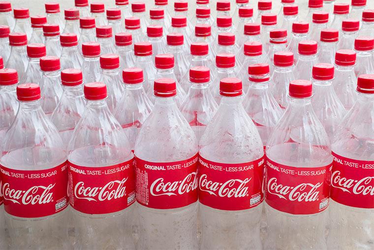 Leere Coca-Cola Flaschen