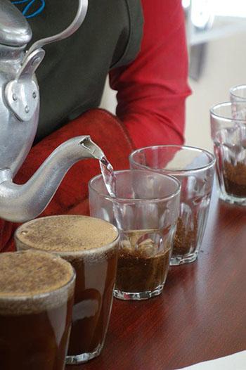 Alle Bewerber werden gleich behandelt, doch nicht jeder Kaffee ist gleich gut © Thomas Eckel