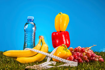 Gemüse, Obst, Wasser und Bewegung sind die Schlüssel für ein gesundes Abnehmen ©iStockphoto