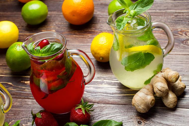 Limonade selber machen: Himbeer Zitrone Limetten und Ingwer Basilikum