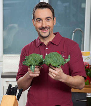 Bio-Spitzenkoch Tino Schmidt überzeugt. Seine Küche ist einfach, schnell, hochwertig und sehr lecker ©BLE